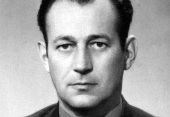 Эрнест Юст тренер Карпаты Львов фото
