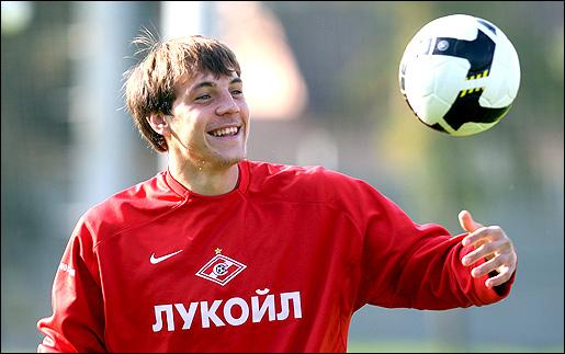 Artem Dzyuba в молодости фотография