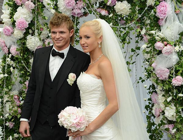 Тарасов и Ольга Бузова свадебное фото