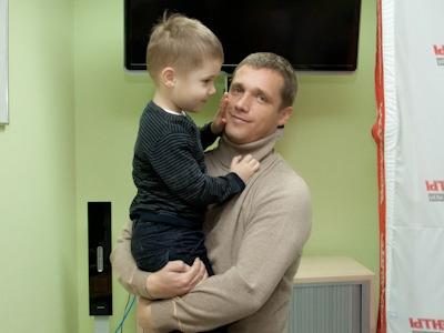 Victor Goncharenko с сыном фотография