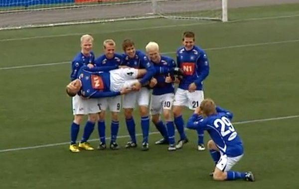 Стьярнан Исландия празднование голов