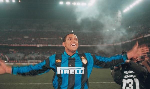 Roberto Carlos в Интере фото