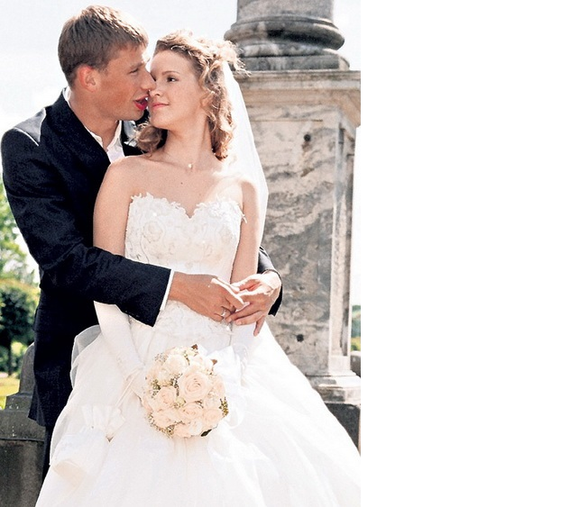 Alexey Berezutsky и его жена свадебное фото