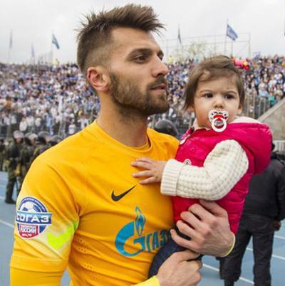 Yuri Lodygin с дочкой фото