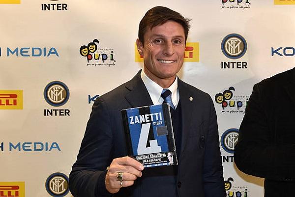 Четвертый номер Javier Zanetti фото