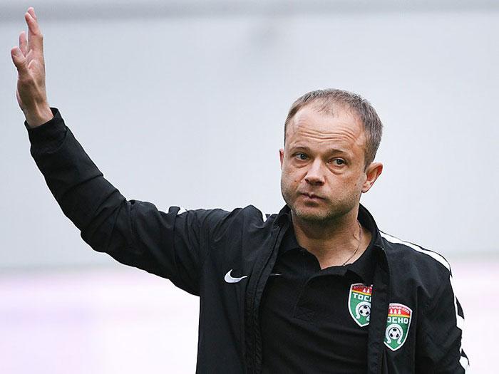 Дмитрий Парфенов футбольный тренер фото