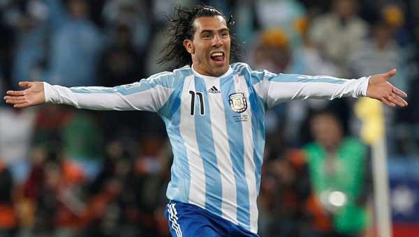 Карлос Тевес в сборной Аргентины фото