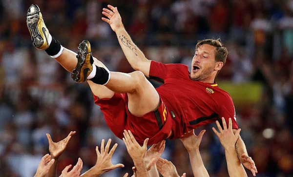 Римская легенда футбола - фотография