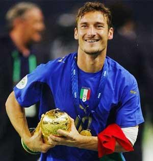 Franchesko Totti - Чемпион мира 2006г. фото