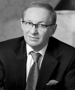 Олег Базилевич, тренер Динамо - фото на startfootball.info