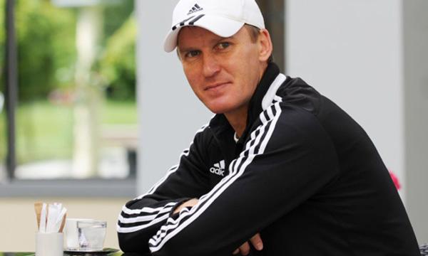 Тренер Сачко - фото на startfootball.info