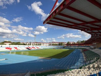 Стадион Нефтяник - фото, история арены Уфа на startfootball.info
