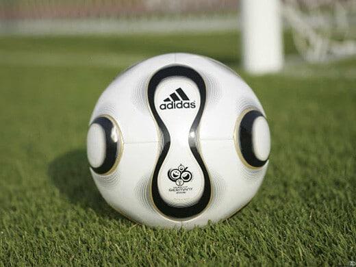 Новые технологии мяч 2006 года - фотография на startfootball.info