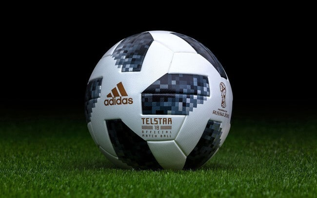 От Adidas мяч Telstar 2018 г. - фото на startfootball.info
