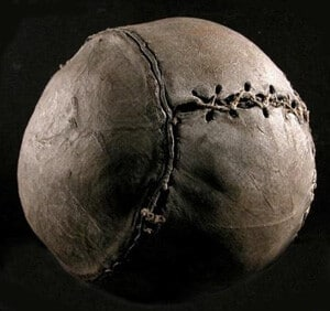 Что-то похожее на мяч 1862 год - картинка на startfootball.info
